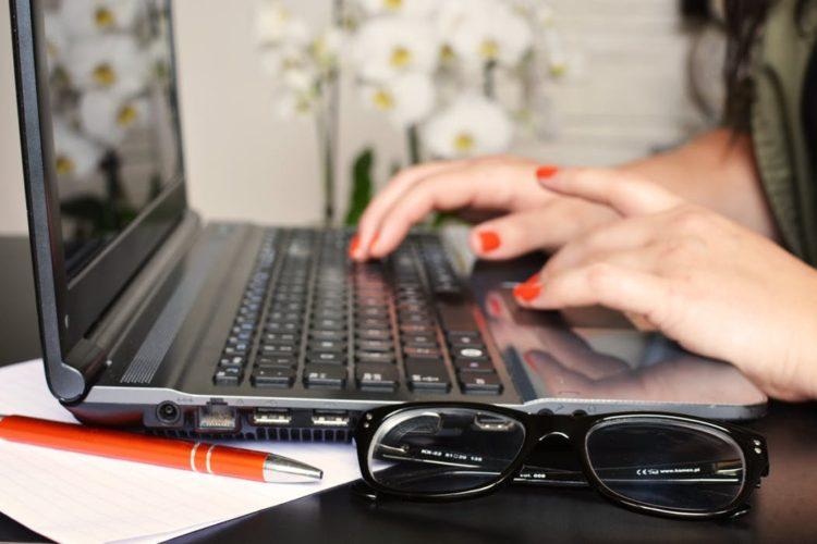 laptop writers retreat uk