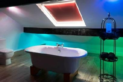 Writer's retreat - Lake District, a bathroom